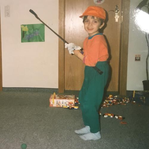 Alen-Weber-Kind-mit-Golfschläger-Jugendtraining-Bambini-Golf-Golf-Club-spessart-Jugendgolfcamp-kindergolf-schulgolf-