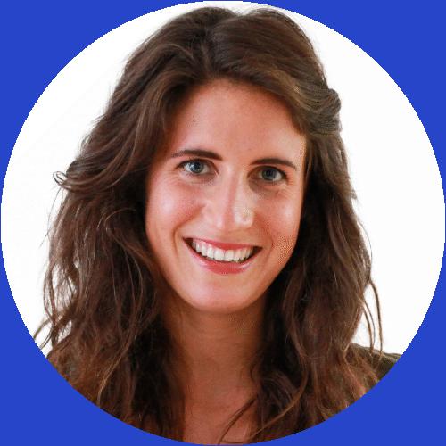 Lena-kadlec-ernährungsberaterin-my-golf-academy-ernährungsplan-gesunde-ernährung-keto-diät-basische-lebensmittel-ernährungspyramide