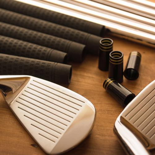 golfgriffe-wechseln-kostenloser-griff-service-schlägerkopf-kleben-schaft-wechseln-griffe-wechseln-schlägerkopf-ausbohren-professionelle-schlägerwerkstatt-fitting-schläger-testen